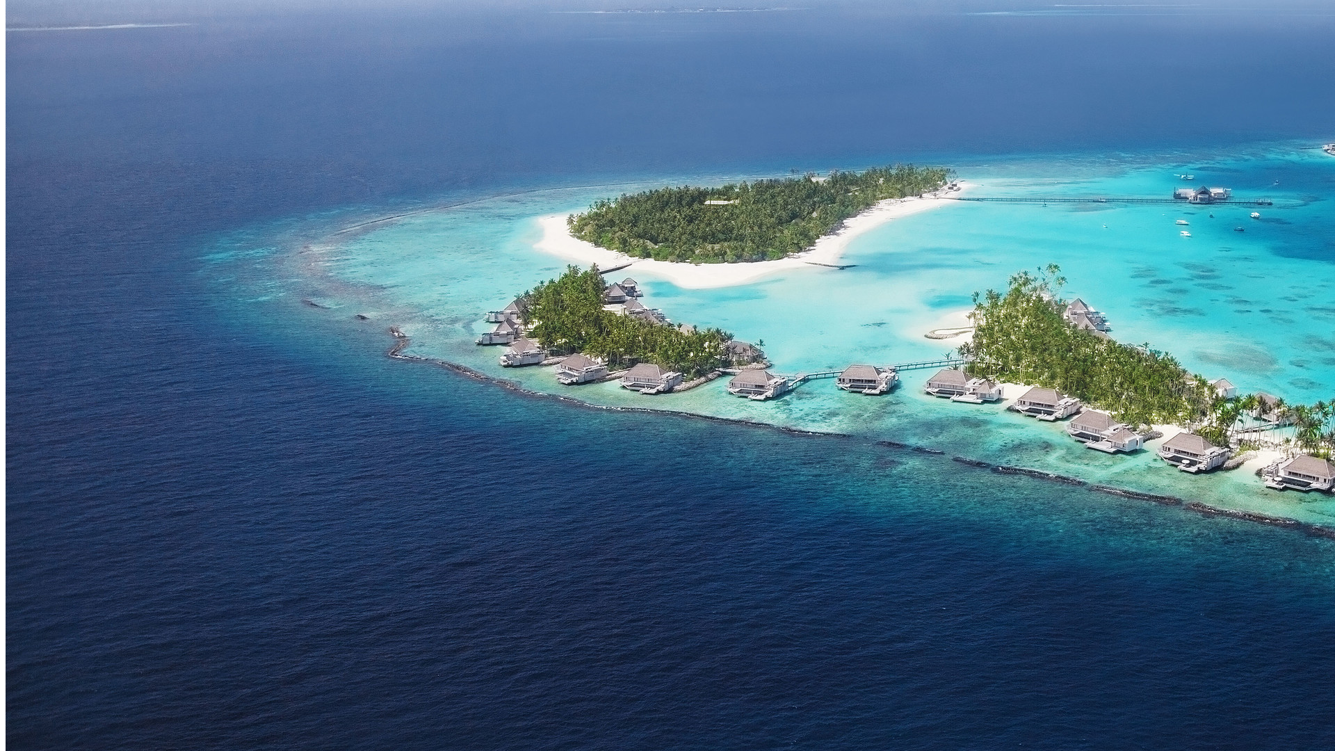 Luxury hotel in the Maldives | Cheval Blanc Randheli